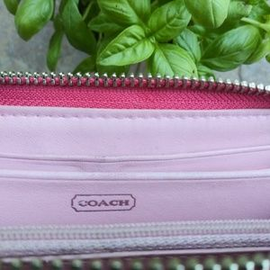 Coach Bags - Coach Quilted Signature Wallet